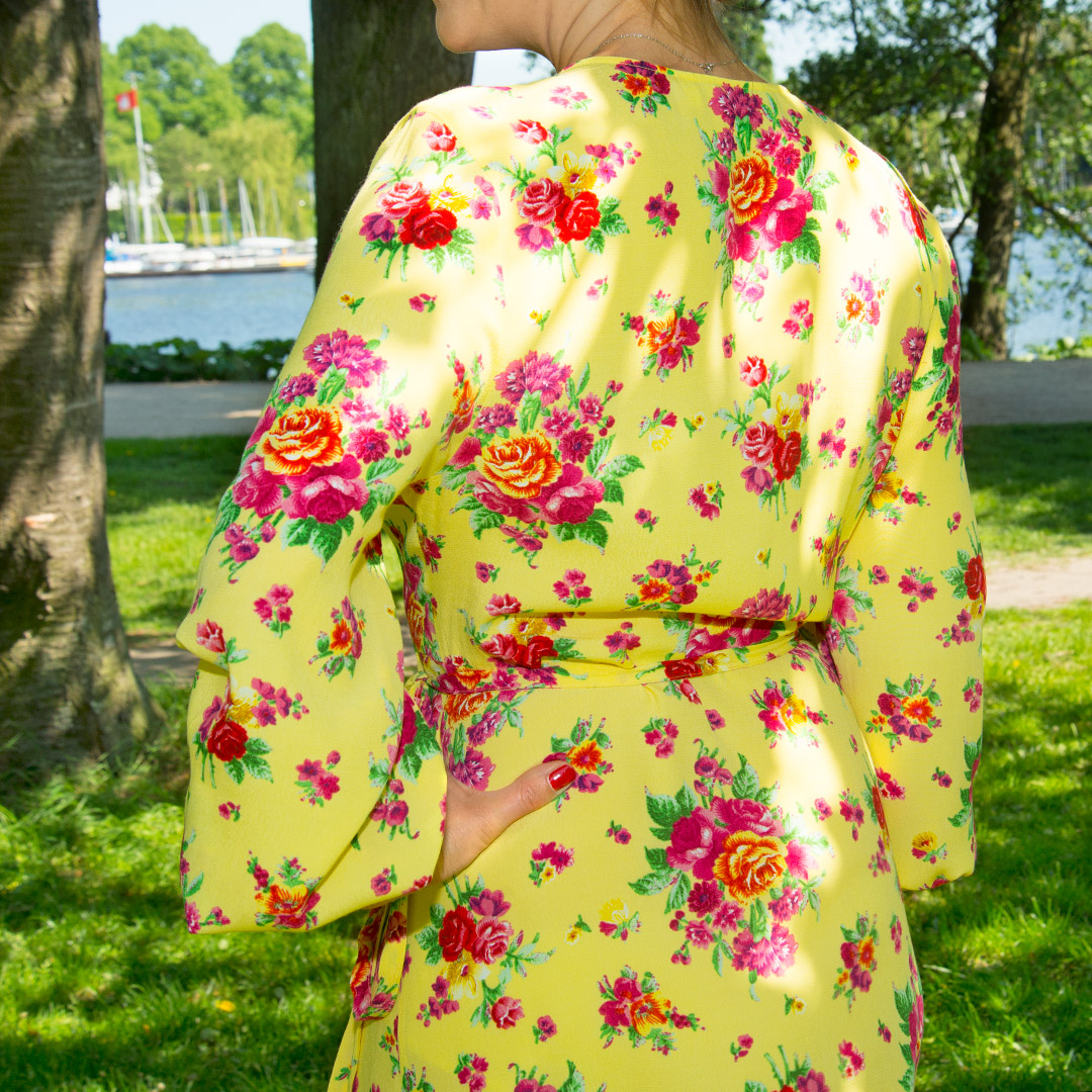 Blumen, Blumenprints, Flowers, Flowerprints, Florale Muster, Kleider mit Blumenmuster, Sommerprints,