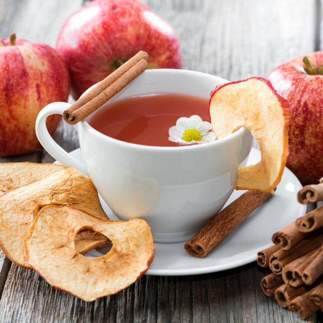Äpfel, Apfel-Chutney, Apfel-Dinkel-Brot, Apfel-Essig, Apfel-Zimt-Scheiben, Apfelernte, Äpfelrezepte, Äpfelverwertung, Bratapfel, Gerichte mit Äpfel, Rezepte, viele Äpfel