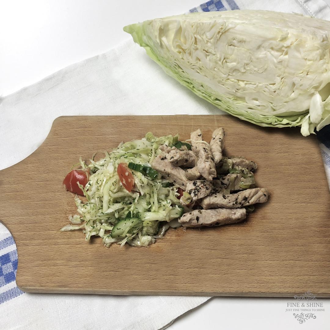 Selbstgemachtes Gyros mit Krautsalat