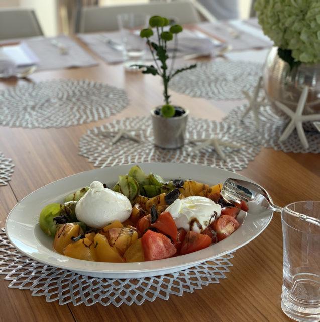 Meine kulinarischen Reise-Impressionen vom Mittelmeer, Essen, Food, Mittelmeerküche, Mediterrane Küche, Mediterrane Gerichte, gesund, frisch, lecker, Muscheln, Thunfisch, Branzino, Seebarsch, Tomaten, Burrata, Tiramisu, Früchte, Obst,