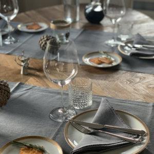 Tischdeko Idee in Grau und Braun